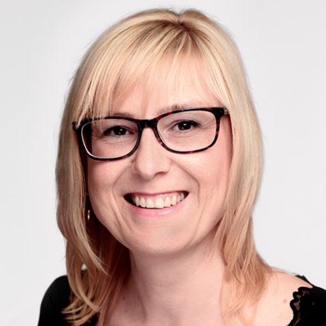 Cornelia Kaehler - Sekretariat. Sie erreichen uns unter kanzlei@bbb-ra.de